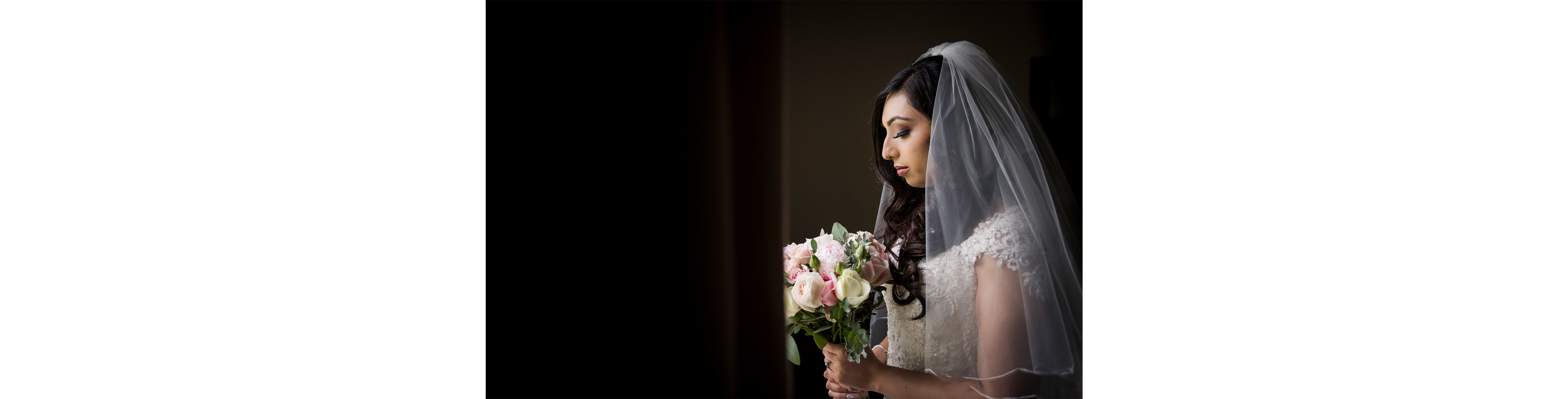 Bride-with-bouquet