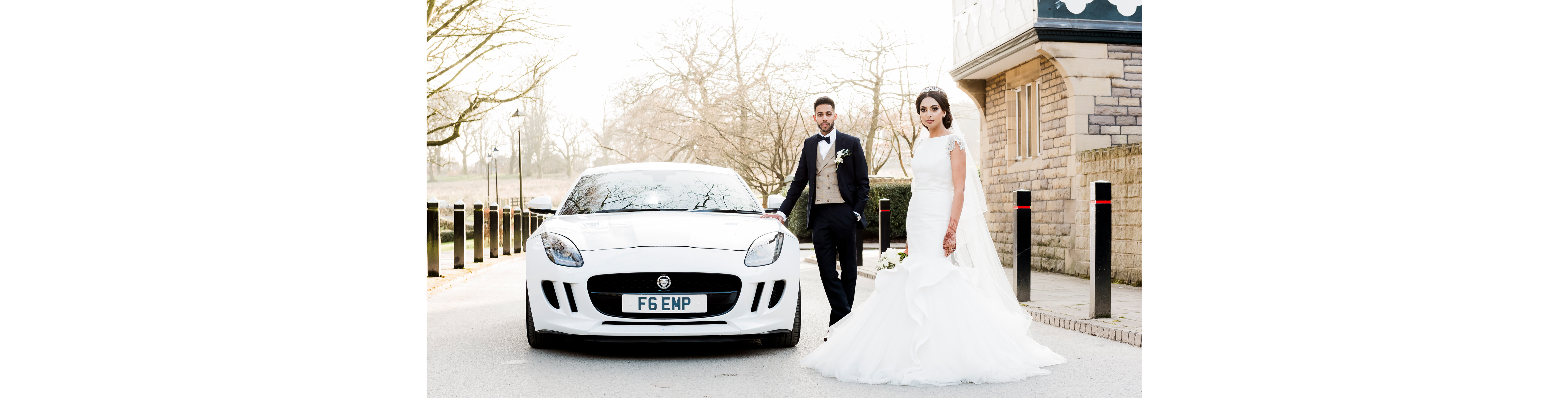 Jaguar-Wedding-Car-Bride-and-Groom
